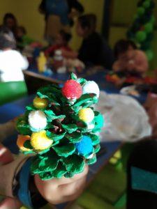 Creamos adornos con forma de pino